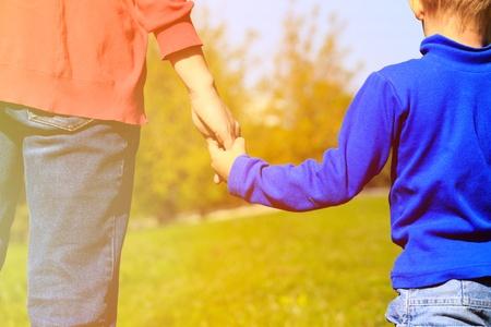 אבות למתבגרים זה בשבילכם