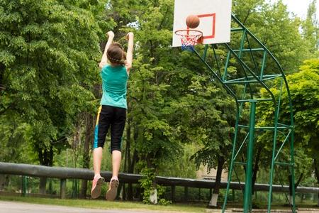 """הפנינג ביה""""ס לכדורסל"""