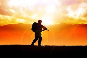 ערב שירי לוחמים בהנחיית אלון בר